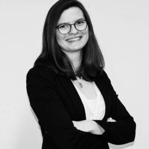 Schwarz-weiß Portrait von Sabrina Hegenberg