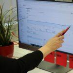 Bildschirm mit Google Analytics Auswertungen