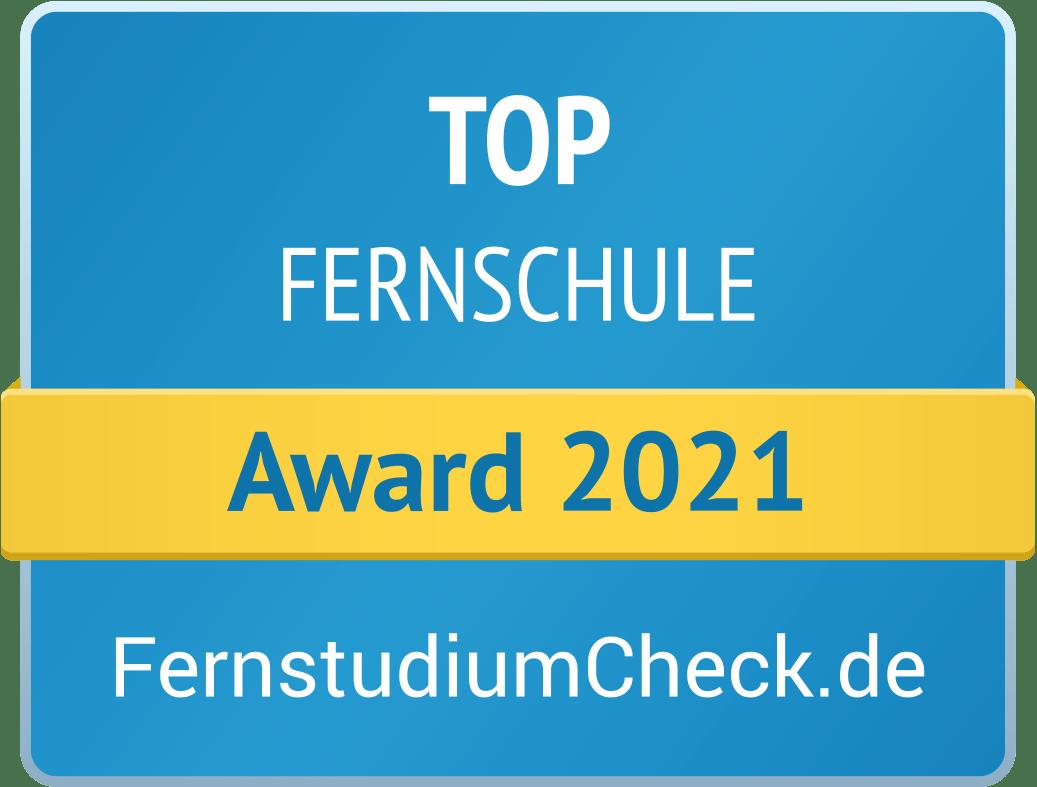 """Blaues Gütesiegel von Fernstudiumcheck für TOP Fernschule mit einem gelben Banner mit der Aufschrift """"Award 2021"""""""