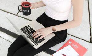 zeit- und ortsunabhängiges Lernen im Onlinekurs, unsere Kursformate