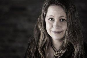 Das Bild zeigt Digital Journalist Uta Brömelmeyer, freie Journalisitn beim WDR