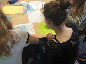 """Schüler sammeln Ideen zum Thema """"Hate Speech"""""""