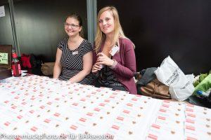 Zwei junge Frauen bei der 31. BARsession