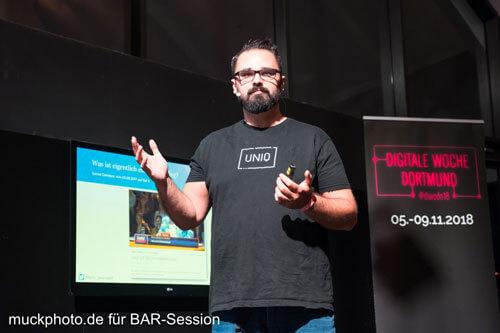 Marco Lauerwald von Urlaubsguru spricht auf der 40. BARsession über SEO und Content Marketing für Unternehmen und wie sie davon profitieren können.